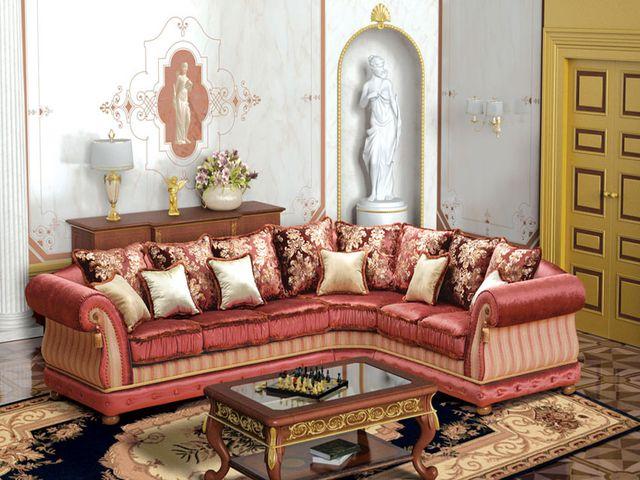 красивый угловой диван